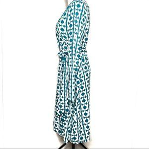 Banana Republic Dresses - Banana Republic Teal & White Wrap Dress